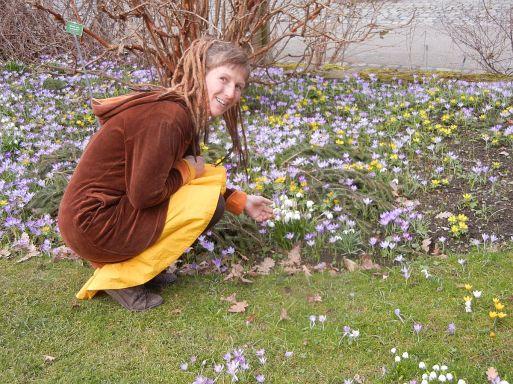 Ildi freut sich auf hoffentlich frühlingshafte Ostern!